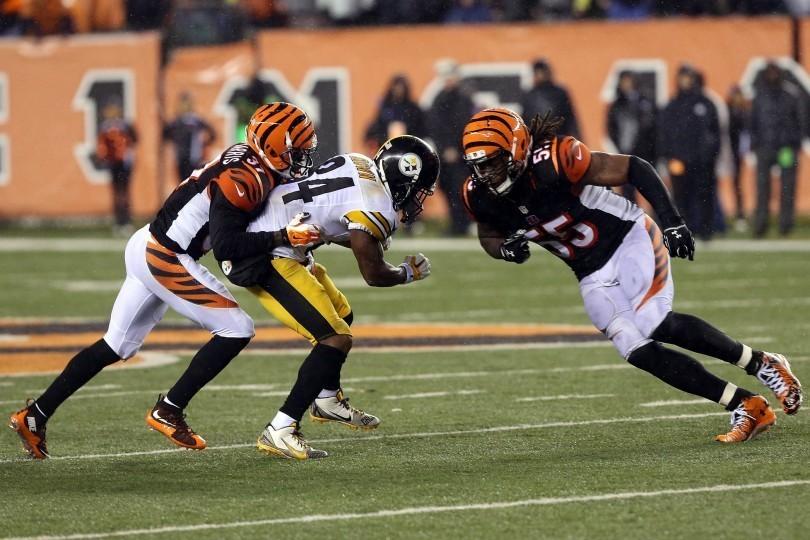 Did Steelers WR Antonio Brown fake an injury.