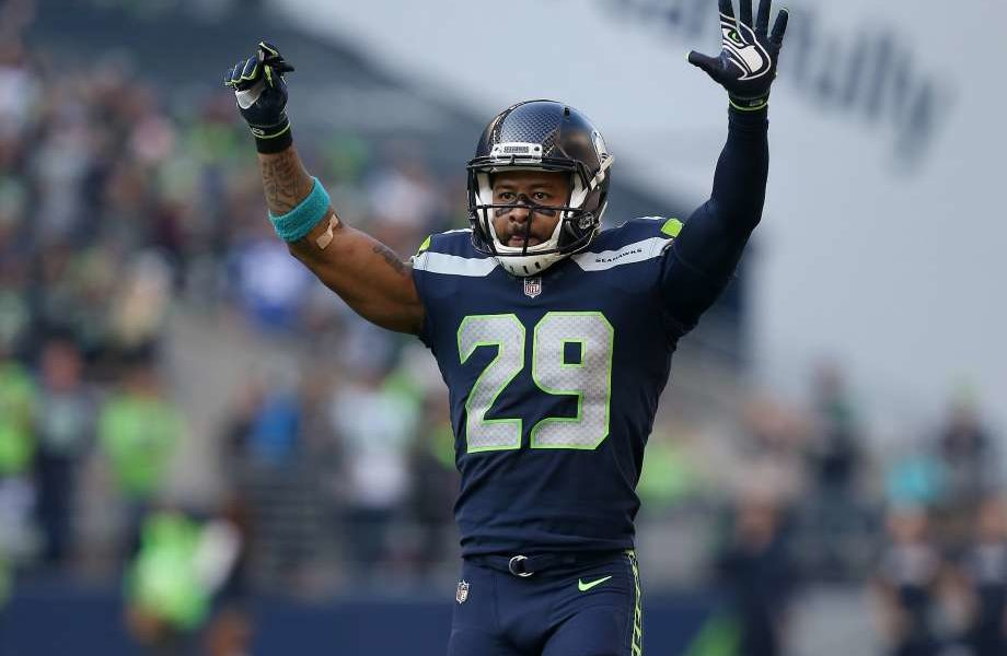 Cowboys Offered A Second Round Pick For Earl Thomas