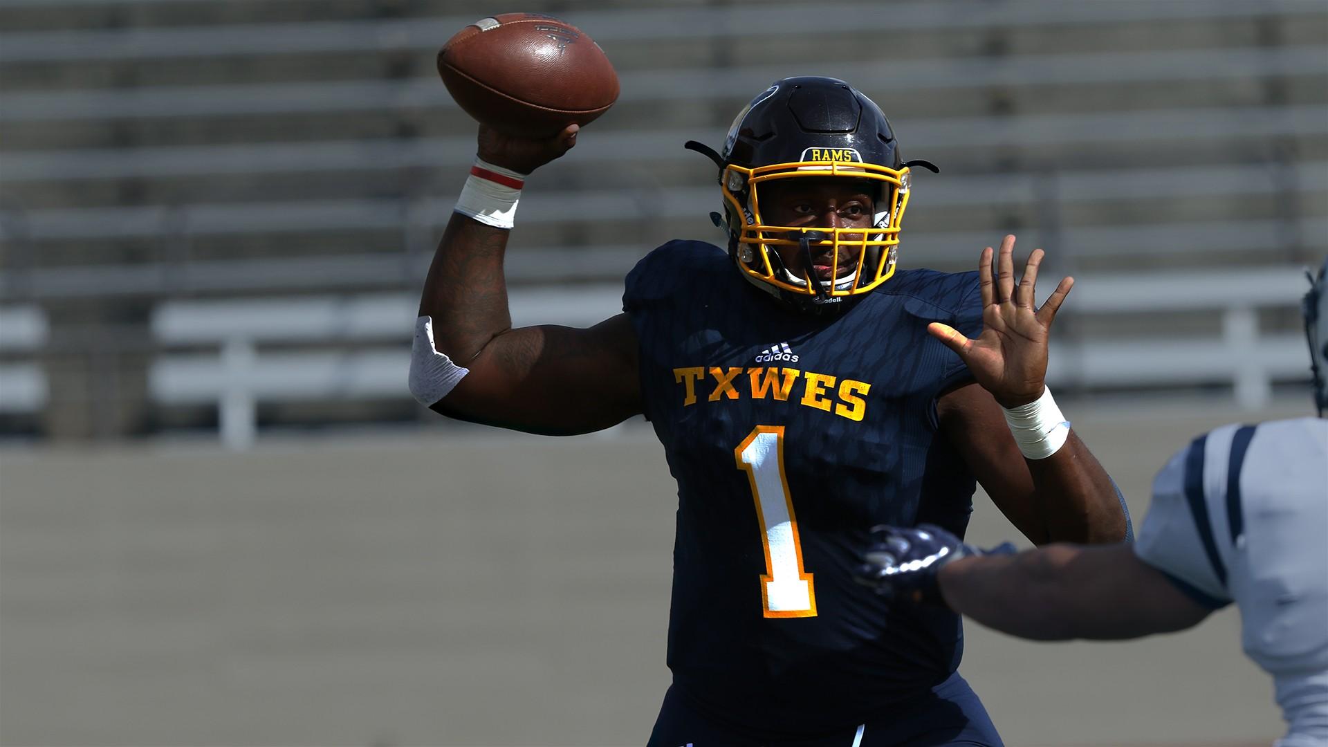 Meet 2020 Nfl Draft Prospect Donovan Isom Qb Texas Wesleyan