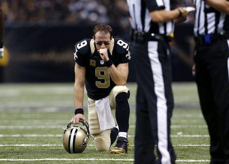 Drew Brees Kneeling Injured