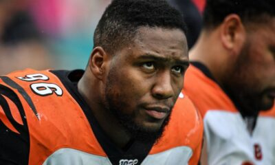 Carlos Dunlap traded to Seahawks