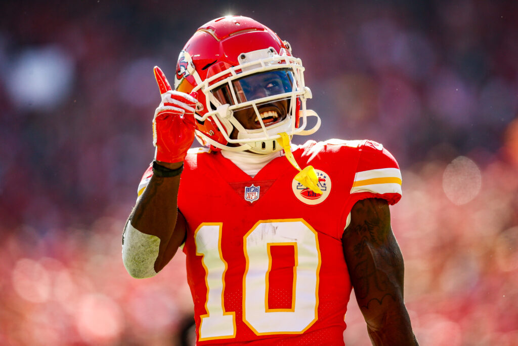 Tyreek Hill Chiefs Super Bowl favorites