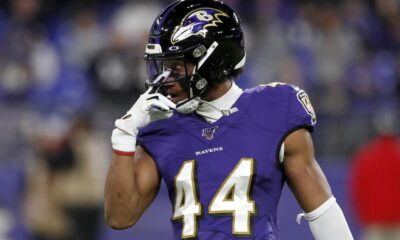 Marlon Humphrey Ravens Buffalo Wings