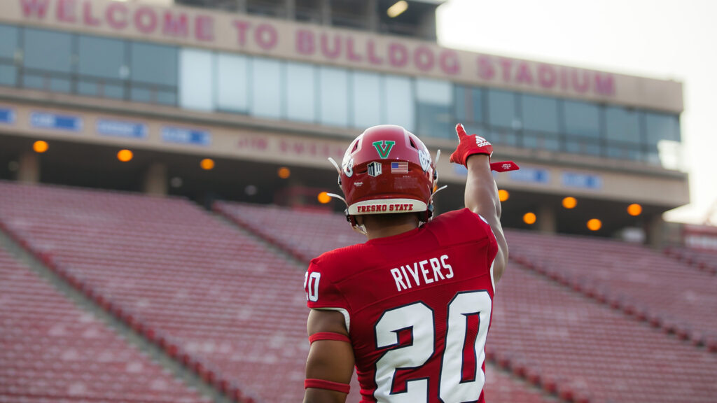Fresno State running back Ronnie Rivers has the ability to be a top running back in the 2022 NFL Draft. He will look to have a huge season this year.